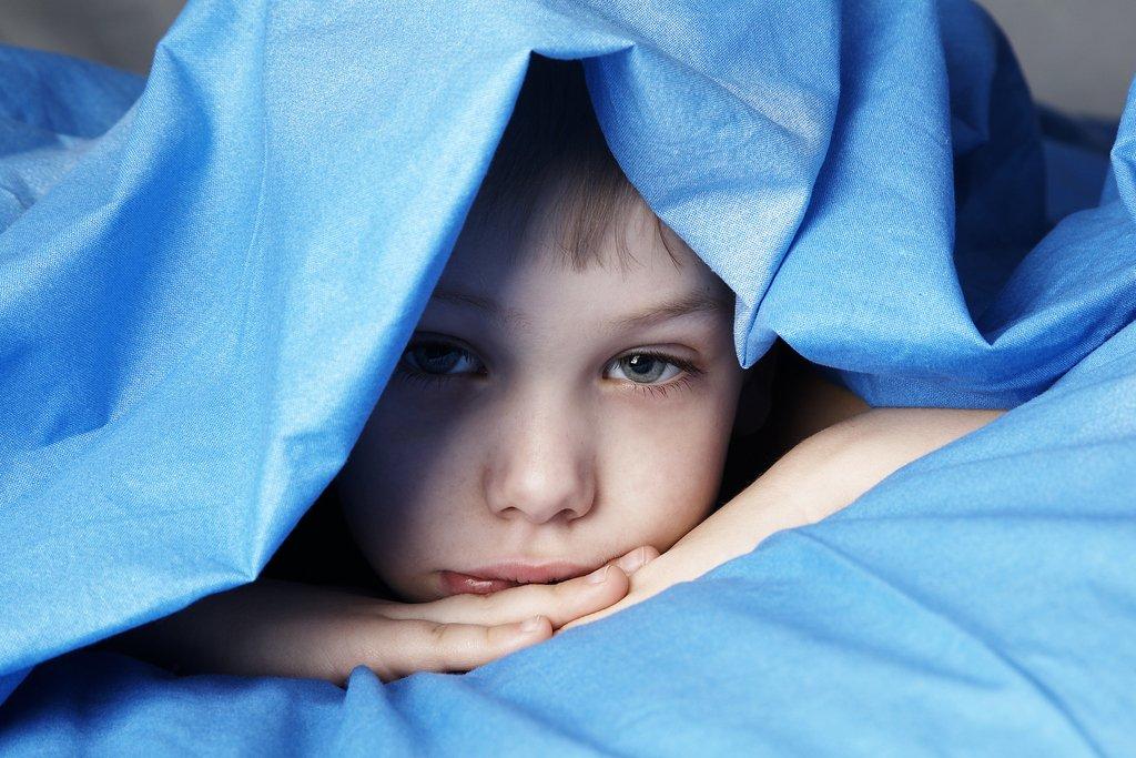 كيف نتعامل مع الاحلام والكوابيس عند الطفل ويخاف كثيرا عند النوم
