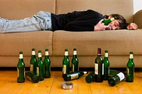 F10 Психические и поведенческие расстройства, вызванные употреблением алкоголя